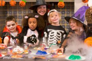 Entrevue d'idées de fête d'Halloween pour les enfants