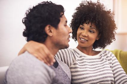 couple parlant