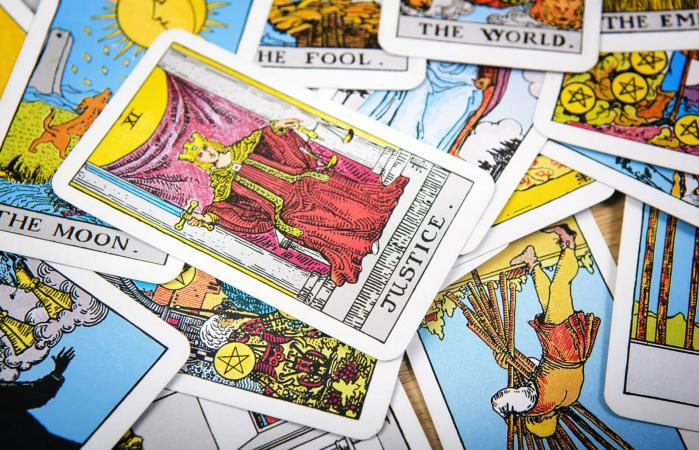 Justice Card in Tarot
