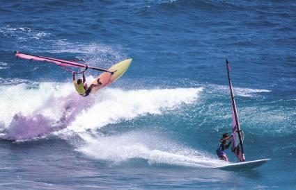 Planche à voile à Diamond Head